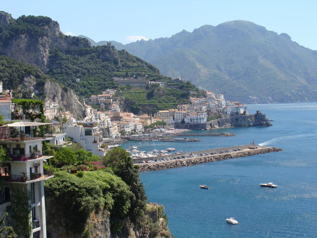 DE WIJNEN UIT ZUID ITALIË